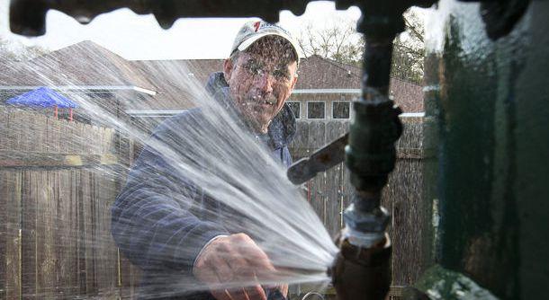 Frozen Pipe Leak Insurance Claim Adjuster